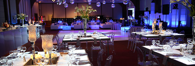Outdoor tables, chairs, umbrellas, and seating arrangements for corporate miami event
